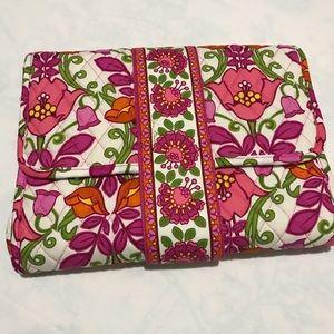 Vera Bradley Girls Diaper Changing Pad Pouch Pink